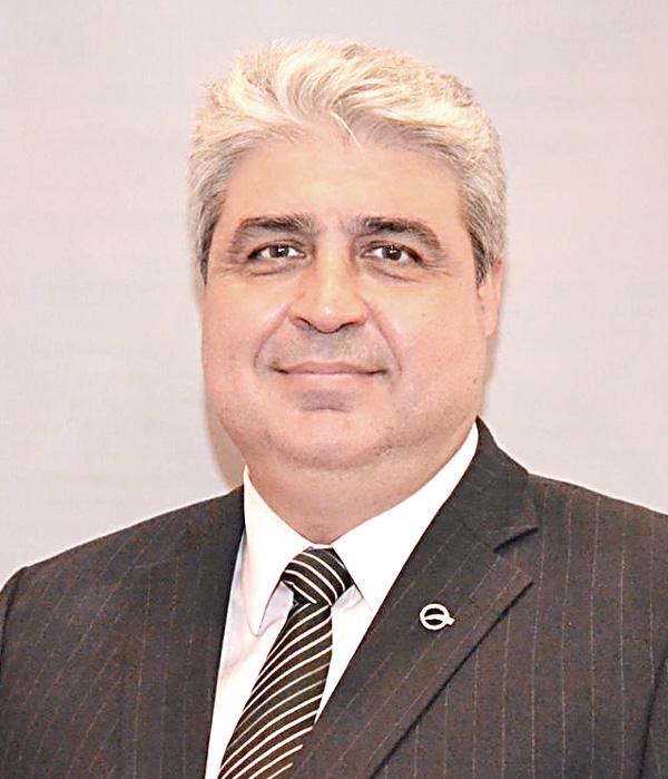Dr. Flávio Henrique Mendes - Tesoureiro